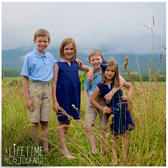 50th-Anniversary-Family-Reunion-in-Cades-Cove-Townsend-Gatlinburg-Pigeon Forge-Sevierville-Knoxville-TN-Photographer-kids-9