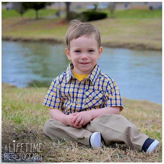 Alex-2 year old boy child photographer Sevierville Pigeon Forge Gatlinburg Knoxville Photography-2