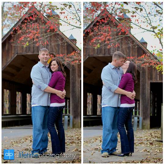 Anniversary-Session-Gatlinburg-TN-Emerts-Cove-Covered-Bridge-Pigeon-Forge-Couple-Photographer-Fall-Pittman-Center-Photography-8
