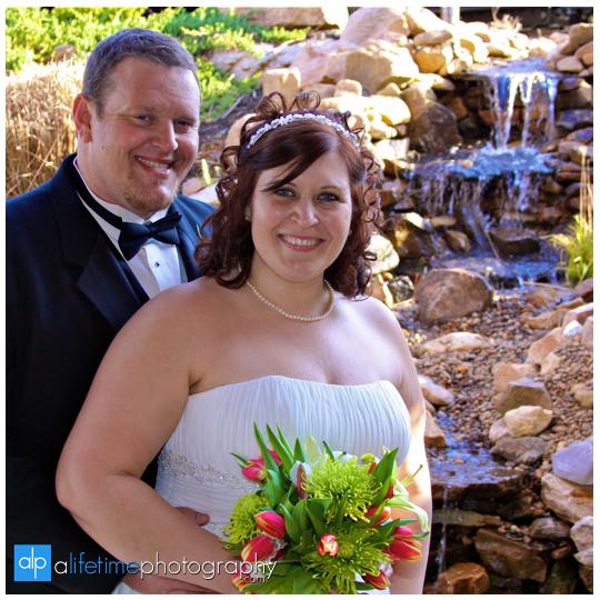 Barn-Event-Center-Townsend-TN-Wedding-Photographer-Gatlinburg-Pigeon-Forge-Smoky-Mountain