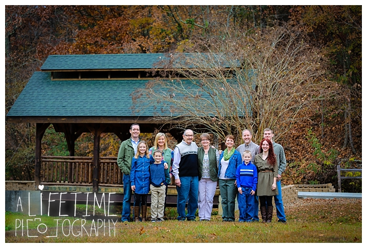 bear-creek-crossing-cabins-family-photographer-gatlinburg-pigeon-forge-knoxville-sevierville-dandridge-seymour-smoky-mountains-townsend-photos-session-professional_0061