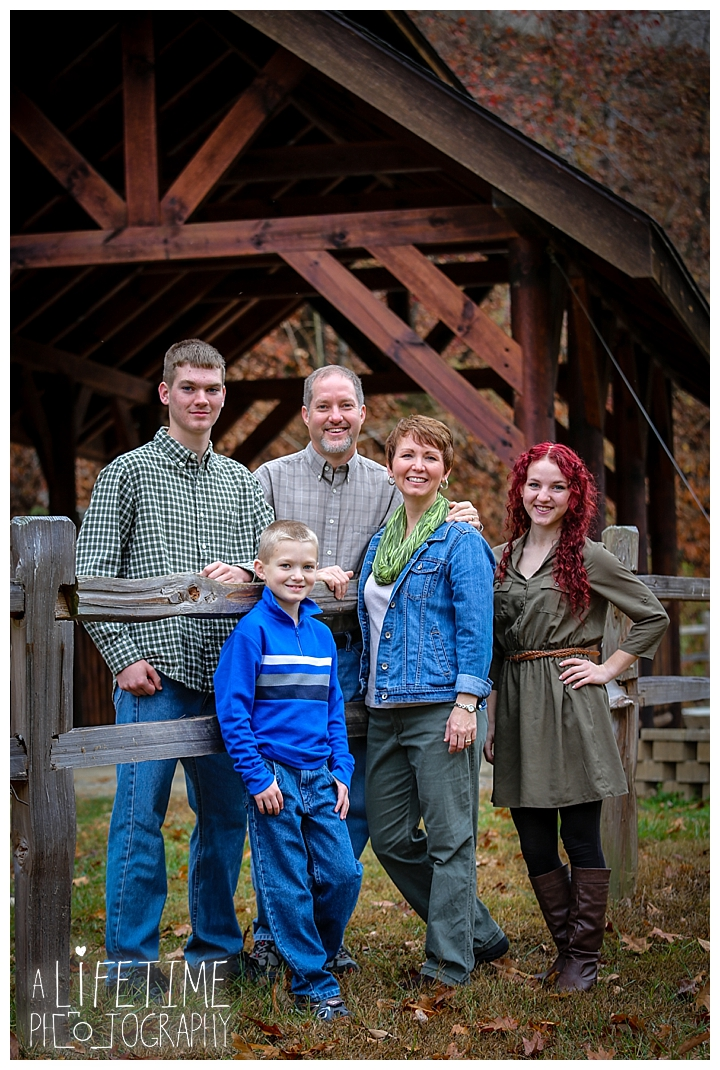 ... Bear Creek Crossing Cabins Family Photographer Gatlinburg Pigeon  ...