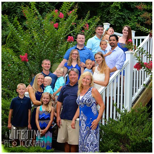 Blue-Green-Resort-Gatlinburg-TN-Family-Photographer-Reunion-Pictures-Pigeon-Forge-Knoxville-Smoky-Mountains-Sevierville-8