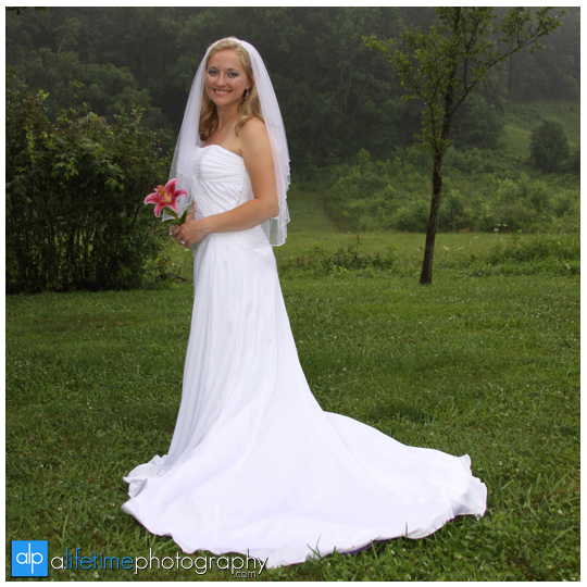 Bridal_Bride_Portraits_Session_Pictures_Photographer_Johnson_City_Bristol_Kingsport_Greeneville_tri_Cities