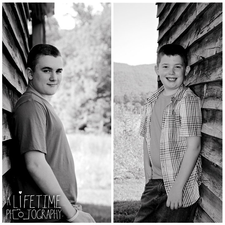 Cades-Cove-Family-Photographer-Knoxville-gatlinburg-Pigeon-Forge-Townsend-Sevierville-Smoky-Mountains-National-Park-GSMNP-7