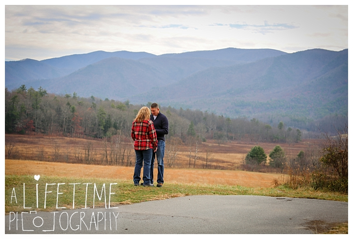 cades-cove-family-photographer-proposal-engagement-gatlinburg-pigeon-forge-knoxville-sevierville-dandridge-seymour-smoky-mountains-townsend-photos-session-professional-maryville_0145