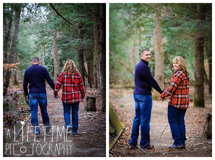cades-cove-family-photographer-proposal-engagement-gatlinburg-pigeon-forge-knoxville-sevierville-dandridge-seymour-smoky-mountains-townsend-photos-session-professional-maryville_0154