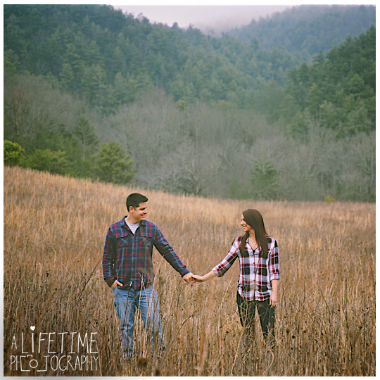 Cades-Cove-Family-Photographer-engagement-Proposal-Townsend-Gatlinburg-Pigeon-Forge-Knoxville-Smoky-Mountain-2