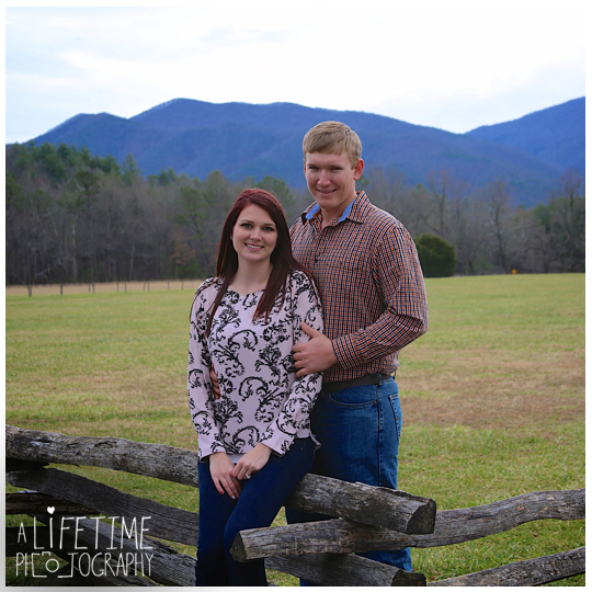 Cades-Cove-Marriage-Wedding-Proposal-Photographer-couple-Townsend-Pigeon-Forge-Gatlinburg-Smoky-Mountains-engagement-11