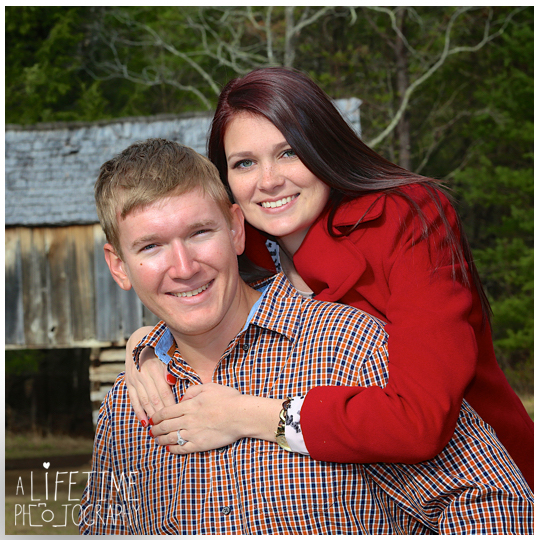 Cades-Cove-Marriage-Wedding-Proposal-Photographer-couple-Townsend-Pigeon-Forge-Gatlinburg-Smoky-Mountains-engagement-3