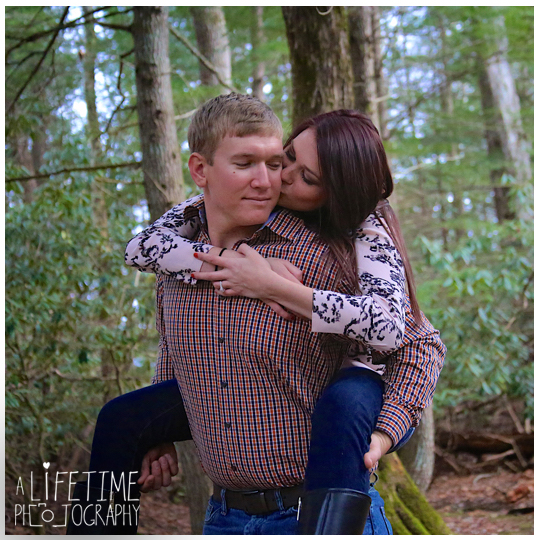 Cades-Cove-Marriage-Wedding-Proposal-Photographer-couple-Townsend-Pigeon-Forge-Gatlinburg-Smoky-Mountains-engagement-7