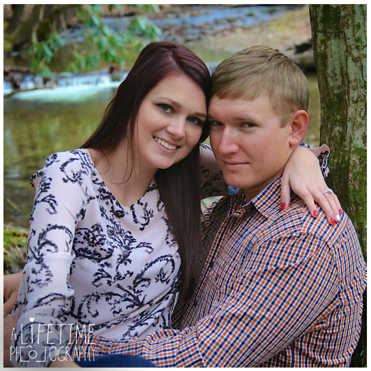 Cades-Cove-Marriage-Wedding-Proposal-Photographer-couple-Townsend-Pigeon-Forge-Gatlinburg-Smoky-Mountains-engagement-8