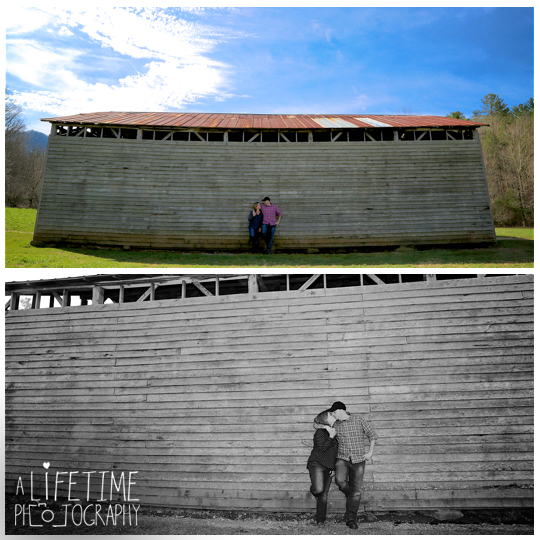 Cades-Cove-Marriage-proposal-Photographer-Gatlinburg-Pigeon-Forge-Knoxville-TN-Smoky-Mountains-River-13