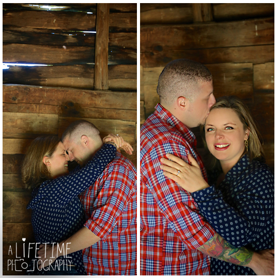 Cades-Cove-Marriage-proposal-Photographer-Gatlinburg-Pigeon-Forge-Knoxville-TN-Smoky-Mountains-River-15