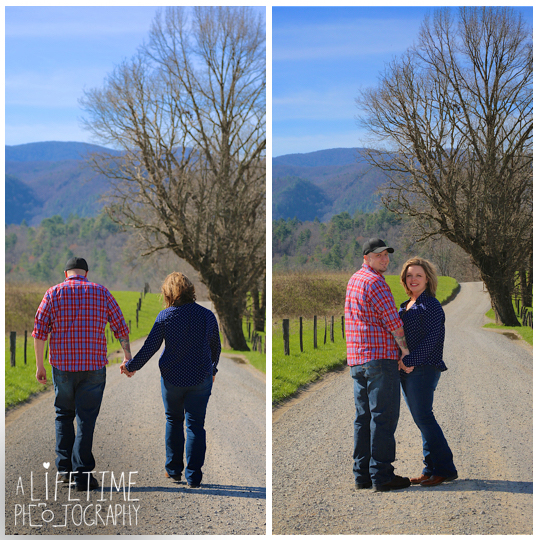 Cades-Cove-Marriage-proposal-Photographer-Gatlinburg-Pigeon-Forge-Knoxville-TN-Smoky-Mountains-River-9