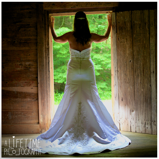 Cades-Cove-Photographer-Family-wedding-Townsend-TN-Smoky-Mountains-Pigeon-Forge-Gatlinburg-Sevierville-Knoxville-Pictures-photos-11