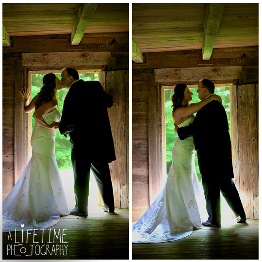 Cades-Cove-Photographer-Family-wedding-Townsend-TN-Smoky-Mountains-Pigeon-Forge-Gatlinburg-Sevierville-Knoxville-Pictures-photos-12