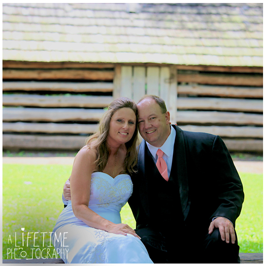 Cades-Cove-Photographer-Family-wedding-Townsend-TN-Smoky-Mountains-Pigeon-Forge-Gatlinburg-Sevierville-Knoxville-Pictures-photos-8