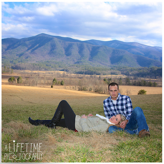 Cades-Cove-engagement-proposal-family-photographer-photos-shoot-session-Pigeon-Forge-Knoxville-Gatlinburg-Smoky-Mountains-7