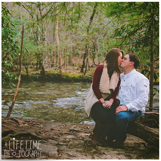Cades-Cove-engagement-proposal-wedding-marriage-Townsend-Photographer-Gatlinburg-Pigeon-Forge-Knoxville-TN-Smoky-Mountain-15