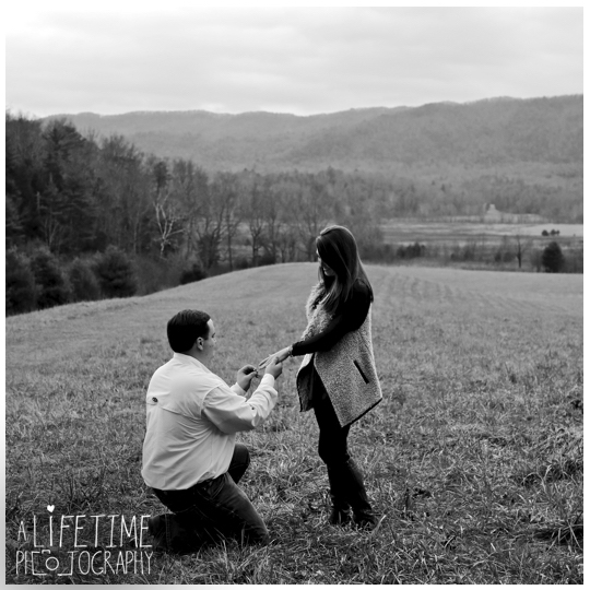 Cades-Cove-engagement-proposal-wedding-marriage-Townsend-Photographer-Gatlinburg-Pigeon-Forge-Knoxville-TN-Smoky-Mountain-3