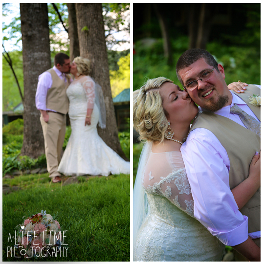 Cherokee-Grill-Calhouns-Wedding-reception-Bride-Groom-Photographer-family-Pigeon-Forge-Knoxville-TN-Smoky-Mountains-10
