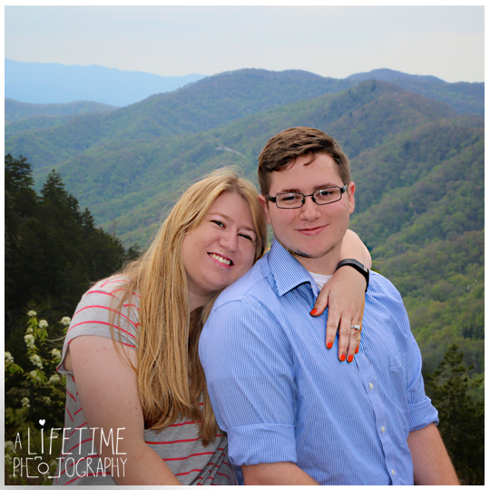 Clingmans-dome-marriage-proposal-secret-photographer-engagement-gatlinburg-tn-Smoky-Mountains-Chimney-tops-picnic-area-Pigeon-Forge-Tennessee-Sevierville-Knoxville-10