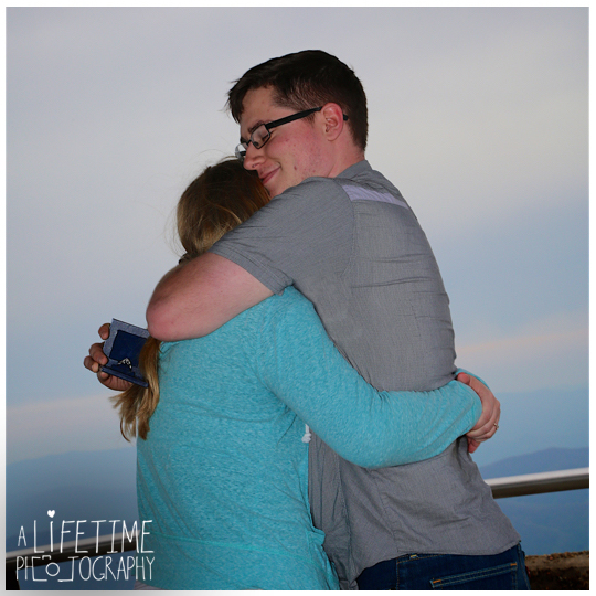 Clingmans-dome-marriage-proposal-secret-photographer-engagement-gatlinburg-tn-Smoky-Mountains-Chimney-tops-picnic-area-Pigeon-Forge-Tennessee-Sevierville-Knoxville-8