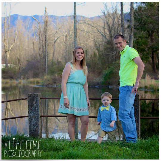 Cosby-Sevierville-Pigeon-Forge-Gatlinburg-Seymour-Kodak-Maryville-TN-Photographer-Family-Easter-Spring-Mountain-View-Photography-kids-bunny-rabbit-6