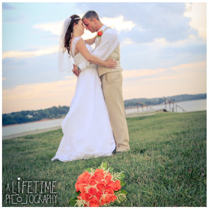douglas-lake-angelos-at-the-point-wedding-photographer-dandridge-ceremony-bride-groom-newport-knoxville-pigeon-forge-smoky-mountains-gatlinburg-16