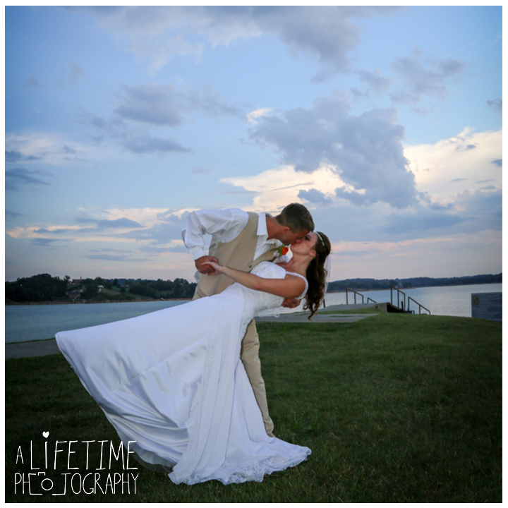 douglas-lake-angelos-at-the-point-wedding-photographer-dandridge-ceremony-bride-groom-newport-knoxville-pigeon-forge-smoky-mountains-gatlinburg-18