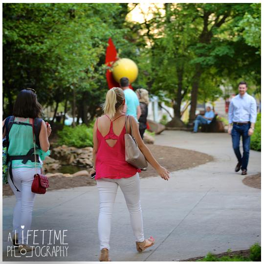 Downtown-Knoxville-Market-Square-UT-proposal-secret-photographer-Seymour-engagement-1