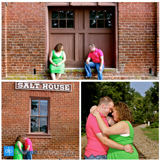 Downtown_Jonesborough_Johnson_City_Kingsport_TN_Bristol_Tri_Cities_Engagement_Couple_Photographer