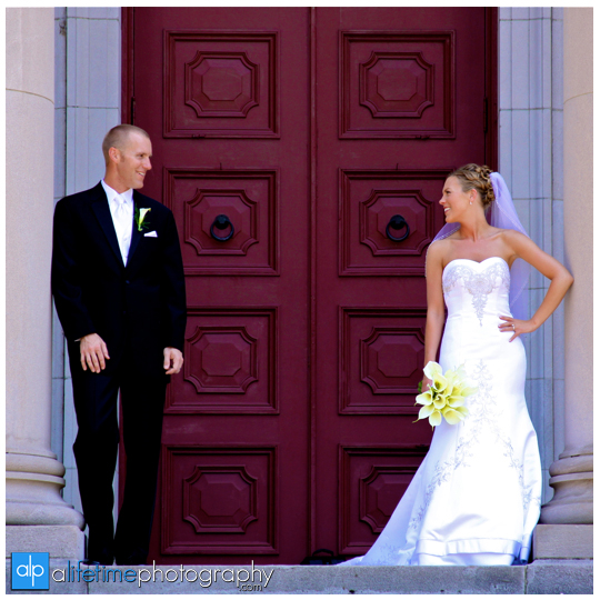 Downtown_Knoxville_Wedding_Photographer_First_Baptist_Church_Newlywed_Just_Married_Couples_Photography_Photos_Pictures_Pics