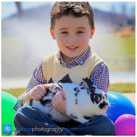 Easter-Mini-Session-rabbit-Bunny-child-kids-Family-Photographer-Spring-Kingsport-Bristol-Johnson-City_TN-Tri-Cities-Tennessee-1
