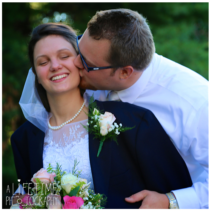 elizabethton-wedding-photographer-johnson-city-kingsport-bristol-greeneviile-jonesborough-happy-valley-church-of-jesus-christ-photos-knoxville-tn-east-tn-11