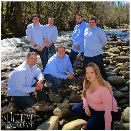 Emerts-Cove-Covered-Bridge-Family-Photographer-Smoky-Mountains-TN-Gatlinburg-Pigeon-Forge-Knoxville-TN-11
