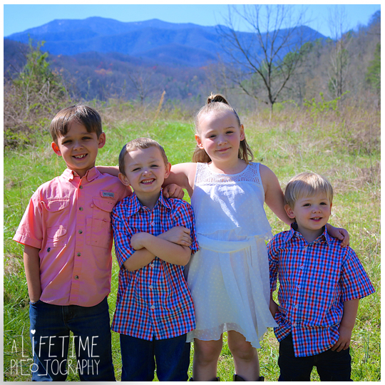 Emerts-Cove-Covered-Bridge-Family-Photographer-Smoky-Mountains-TN-Gatlinburg-Pigeon-Forge-Knoxville-TN-3