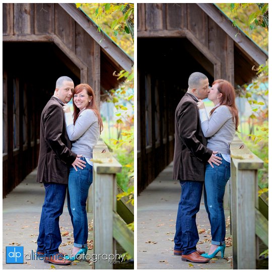 Emerts-Cove-Covered-Bridge-Gatlinburg-Pittman-Center-Sevierville-Pigeon-Forge-Anniversary-Pictures-cancer-livestrong-couple-Photographer-1