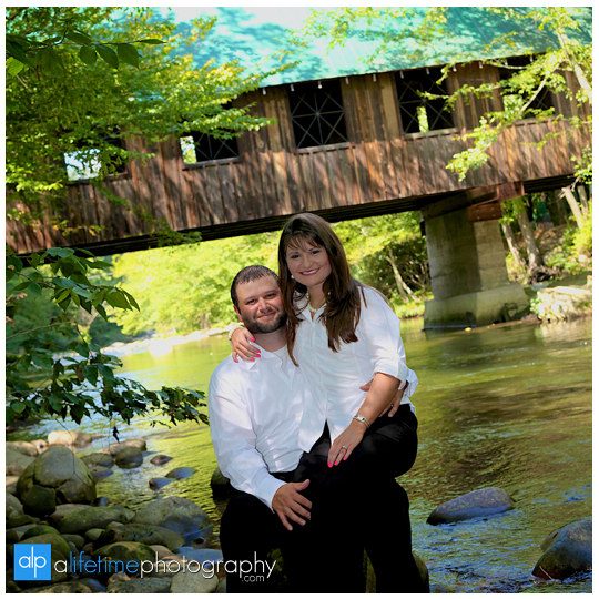 Emerts Cove Engagement Session Photographer Gatlinburg Tn Pittman Center Sevierville Pigeon Forge engaged couple-9