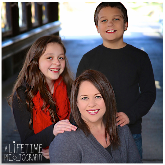 Emerts-Cove-Large-Family-Photographer-Pittman-Center-Gatlinburg-Pigeon-Forge-Sevierville-Smoky-Mountains-Christmas-photos-5
