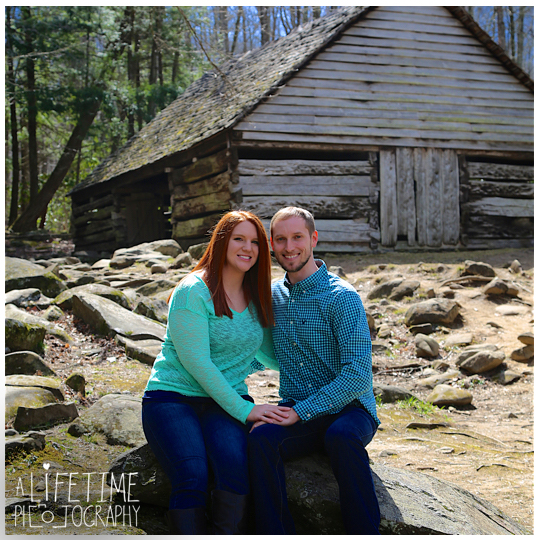 Engagement-Photos-Smoky-Mountains-Gatlinburg-Pigeon-Forge-Knoxville-TN-Couple-1