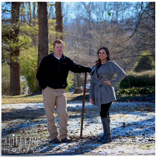 Engagement-Session-Photographer-at-Emerts-Cove-Covered-Bridge-Gatlinburg-Pigeon-Forge-Sevierville-Pittman-Center-Couple-Winter-photography-9