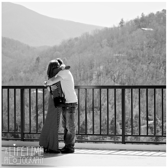 Engagement-Wedding-Proposal-Space-Needle-Gatlinburg-TN-Pigeon-Forge-Smoky-Mountain-National-Park-Photographer-Photo-secret-marriage-3