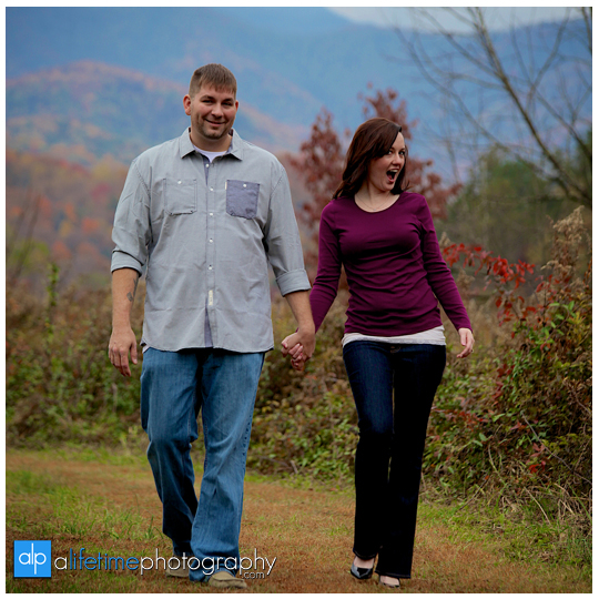 Engagement-session-ideas-dos-and-donts-what-to-expect-photographer-photography-Knoxville-TN-Johnson-City-Kingsport-Chattanooga-TN-5-what-to-expect-