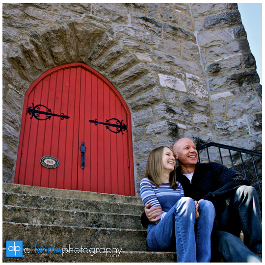 Engagement_Photographer_Downtown_Bristol_Train-Station-Engagement_Johnson_City_Kingsport_Tri_Cities