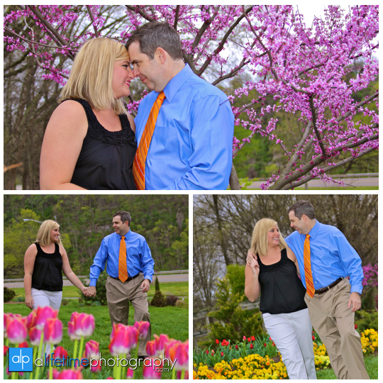 Engagement_Session_UT_Gardens_Knoxville_TN_Engaged_Couple_Family_Pictures