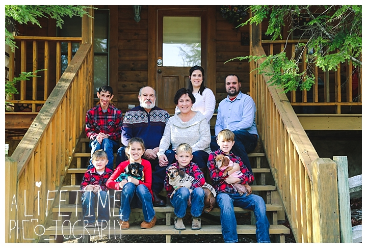 Family Cabin Photographer Gatlinburg-Pigeon-Forge-Knoxville-Sevierville-Dandridge-Seymour-Smoky-Mountains-Townsend-Photos-Greenbriar Session-Professional-Maryville_0252