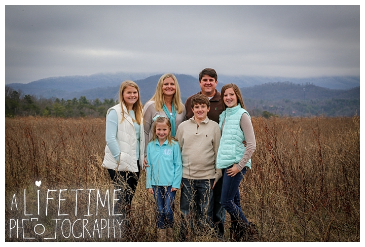 Family Photographer Gatlinburg-Pigeon-Forge-Knoxville-Sevierville-Dandridge-Seymour-Smoky-Mountains-Townsend-Photos-Greenbriar Session-Professional-Maryville_0340