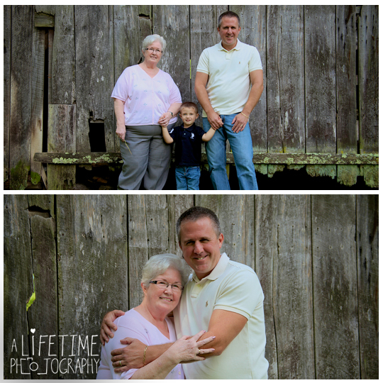 Family-Photographer-In-Pigeon-Forge-Gatlinburg-TN-Sevierville-Knoxville-Smoky-Mountains-Emerts-Cove-Covered-Bridge-generations-5